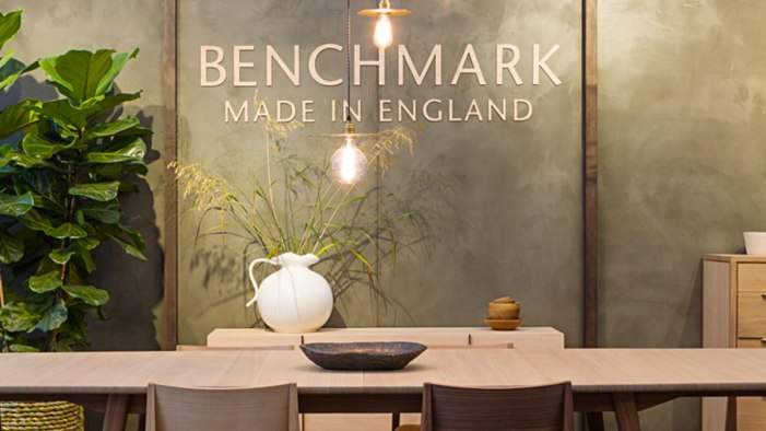 Smooth Tonal Clay Finish at DECOREX in 2016