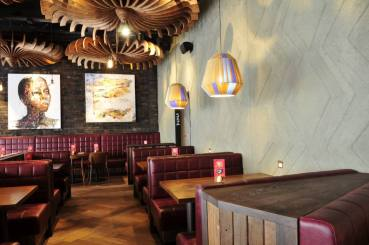 Anaglyptic clay textured wall, Nando's restaurant in Leamington Spa