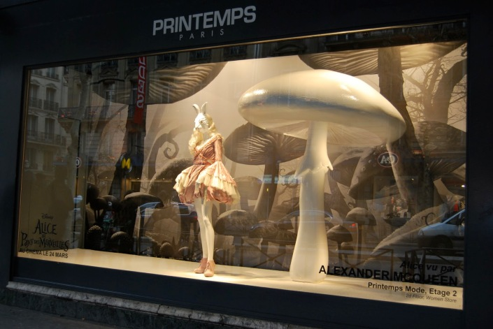 Clay plinths for Alexander McQueen store in Printemps, Paris